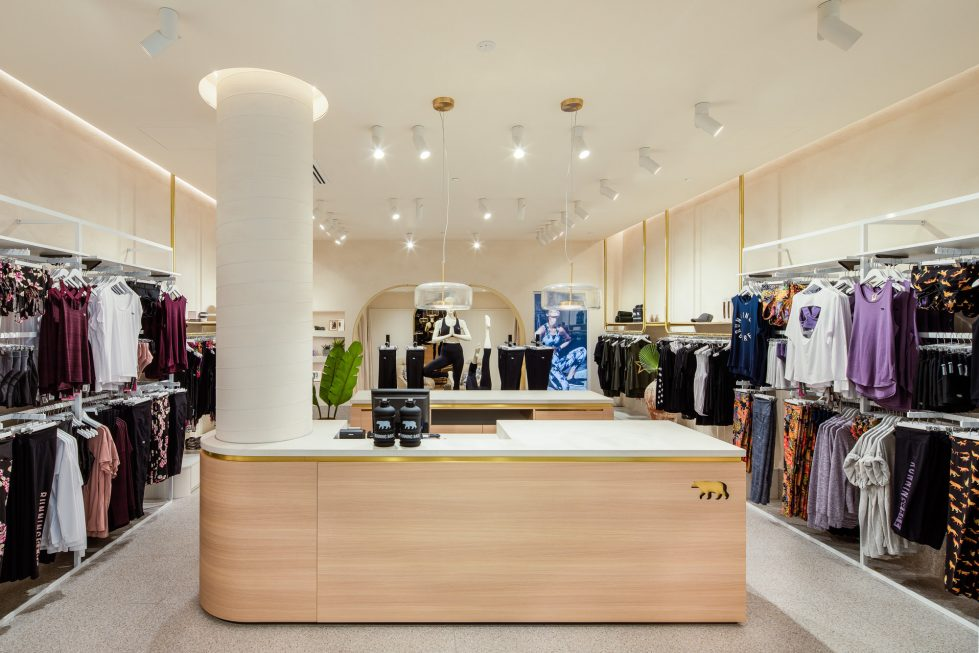 fashion store design clarity